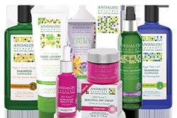 フルーツの幹細胞を利用したAndalou製品の数々