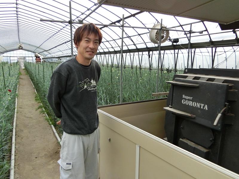 カーネーション栽培にスーパーゴロン太を導入した南房総市丸山「イナバの花」代表 稲葉修司さん