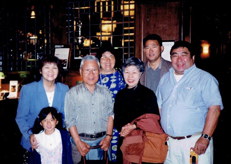 ロサンゼルスにて小谷源之助の孫、曾孫と会合した時の写真 コダニファミリーと南房総は現在でも交流がある