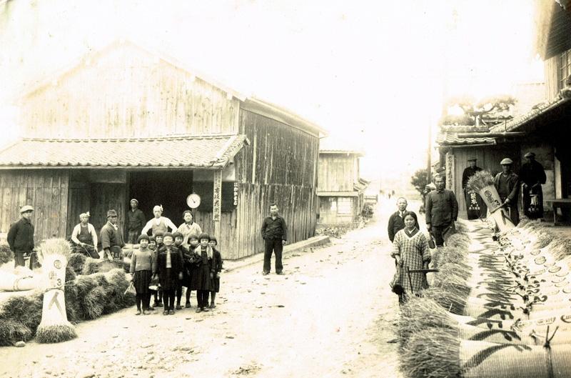 昭和30年頃の問屋前の活況