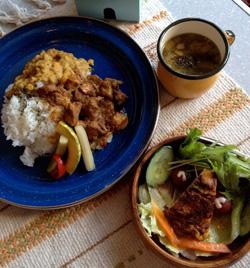 地域住民浅野さんのレシピを活かしたスリランカカレー