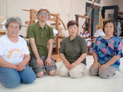 麻の伝統織物「亀甲織」を学んだ岩手県雫石町