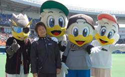 マスコットキャラクターが試合中に球場を回る「グリーティング活動」は高瀬さんの発案で球界に広まった