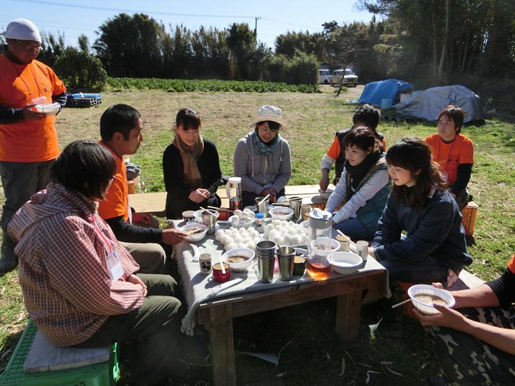 館山市の若手農家の集まりNPO法人南房総農育プロジェクトのイベントに協力する川上さん