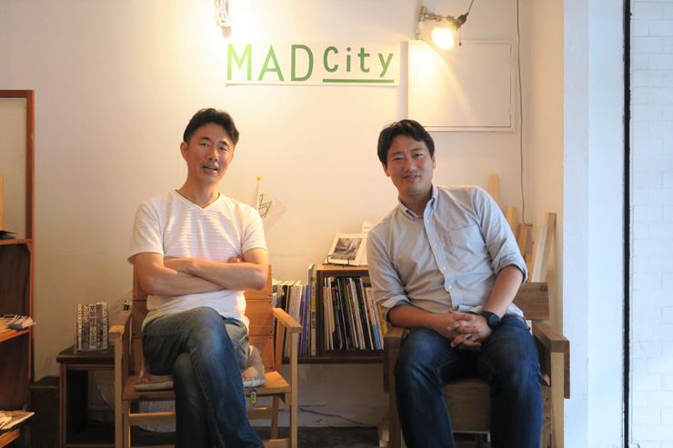 田中歩さん(左)と寺井元一さん(右)。