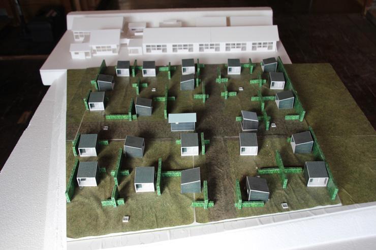シラハマ校舎全体の完成予定図 小屋と小屋はマキの木の垣根で仕切られる