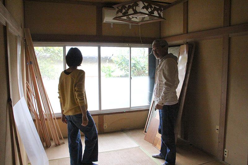 6畳の個室はすでに断熱が施されており、入居者が自由に改装できる