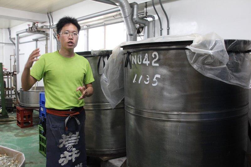 千葉県御宿町の岩瀬酒造で蔵人を務める木曽洋さん 岩瀬酒造は「岩の井」という日本酒で知られている