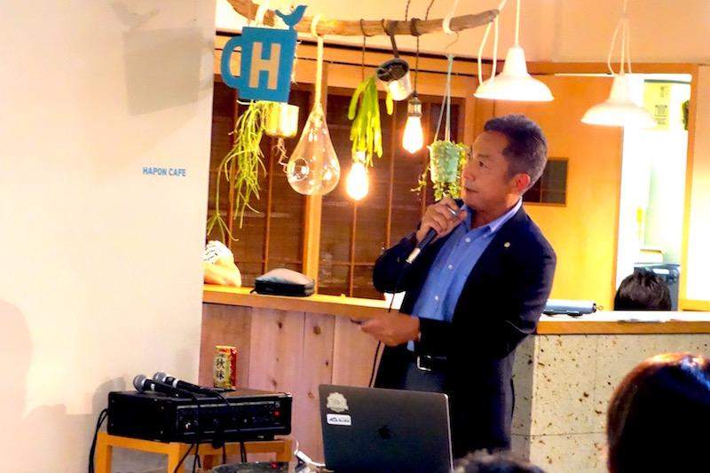 時田さんは「自分は袋屋のオヤジでして」と話しており、ワインや酒類を入れつつ水を入れても濡れない「アイスクーラバッグ」などを手がける共同紙工株式会社の代表取締役でもあります。